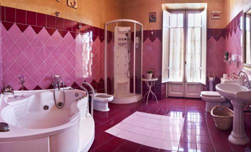 Baño, Hostería de Arnuero