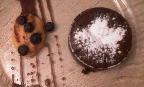 Pastel de Chocolate caliente Restaurante La Parrilla de Leganés