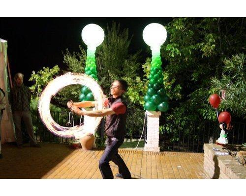 Decoracion con globos y espectaculos de fuego