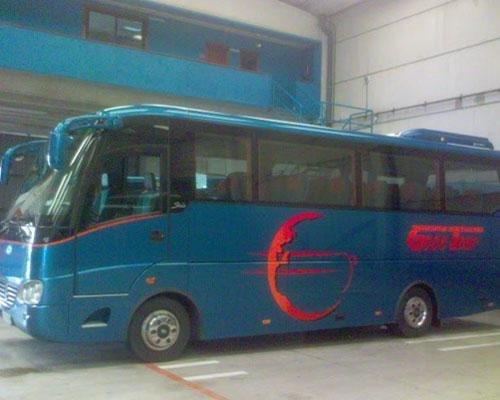 También minibuses