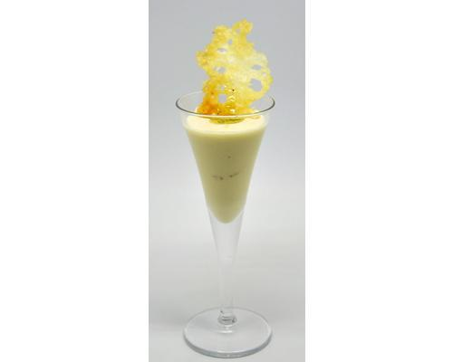 Vichyssoise fria de puerro con crujiente de queso